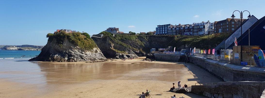 The beautiful sandy beach at Towan in North Cornwall. A dog friendly beach.