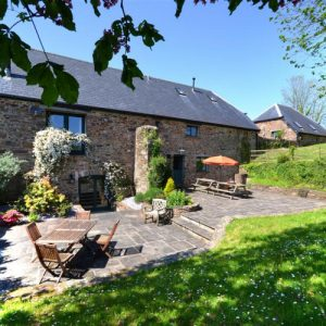 Dog friendly self catering accommodation in Somerset and Devon. A beautiful barn.
