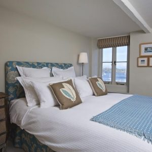 You'll have sweet dreams in this beautiful self catering cottage in Devon