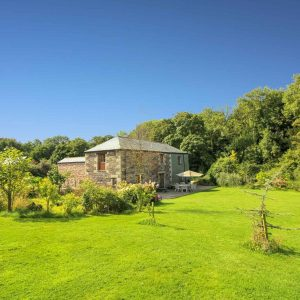 A beautiful dog friendly cottage in Cornwall.