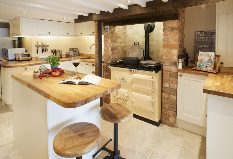 Foxtail Cottage, Cotswolds, dog friendly accommodation