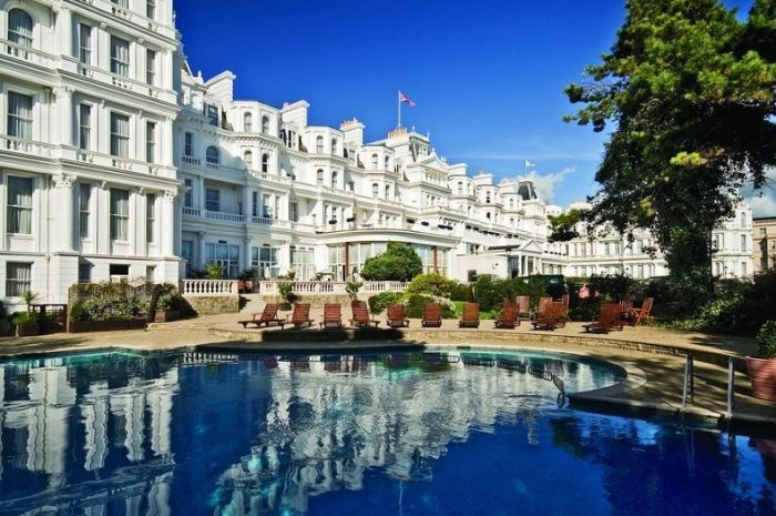 The Grand Hotel, Eastbourne is a dog friendly hotel, South East England