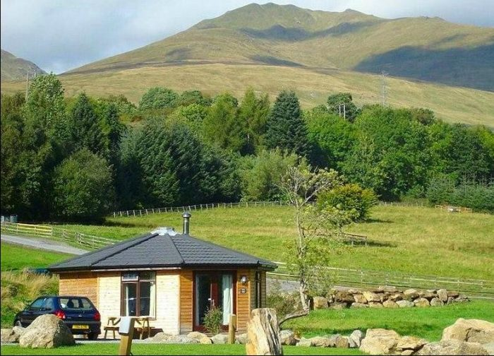 Loch Tay pet friendly cabin, Killin