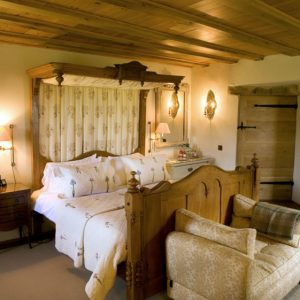 A beautiful bedroom available to rent from Snaptrip Dog Frendly Cottages, UK Wide.