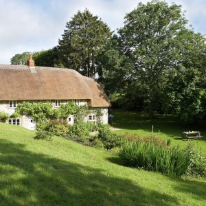 The picture perfect dog friendly cottage, Dorset - Magna Cottage - surrounded by large beautiful gardens, perfect for families and pets.