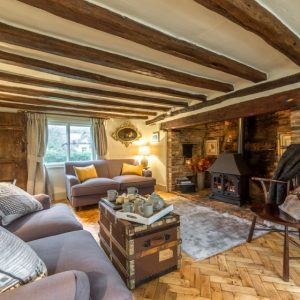 Traditional dog friendly cottage, Suffolk with wooden beams, cosy fireplace and comfy sofas - perfect self catering holiday accommodation in Suffolk