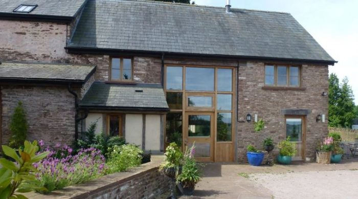 Thatch Close Farm dog friendly cottages, Herefordshire