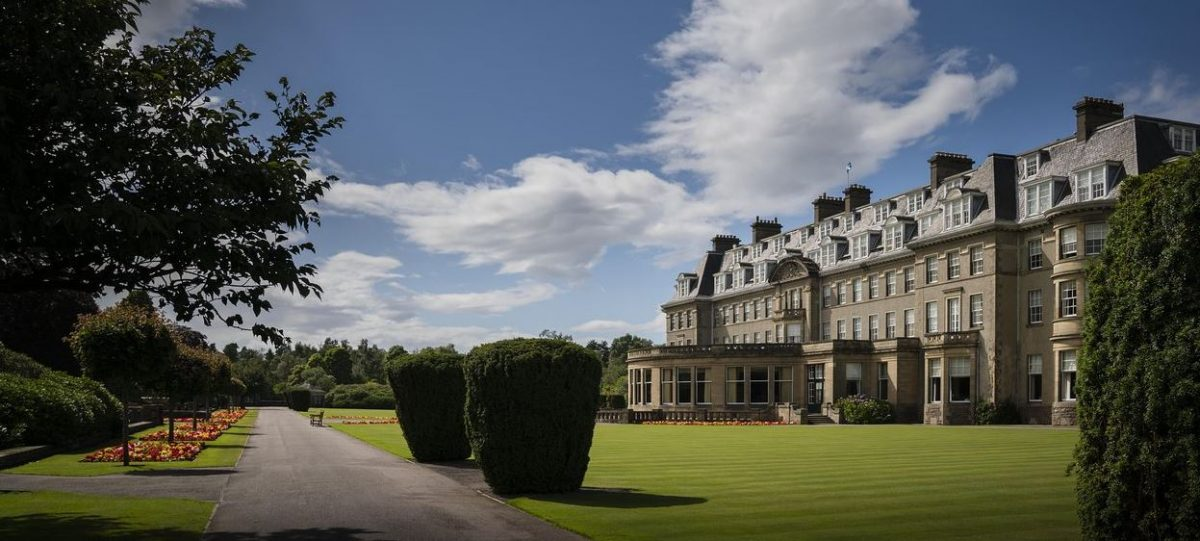 The sweeping entrace to the dog friendly Gleneagles Hotel, Scotland