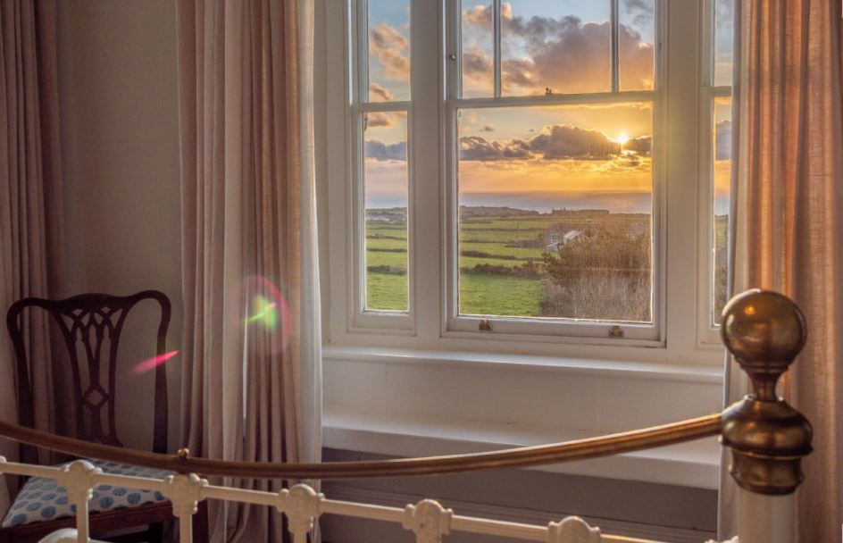 Last minute holiday cottages, Atlantic View - Cornwall, England