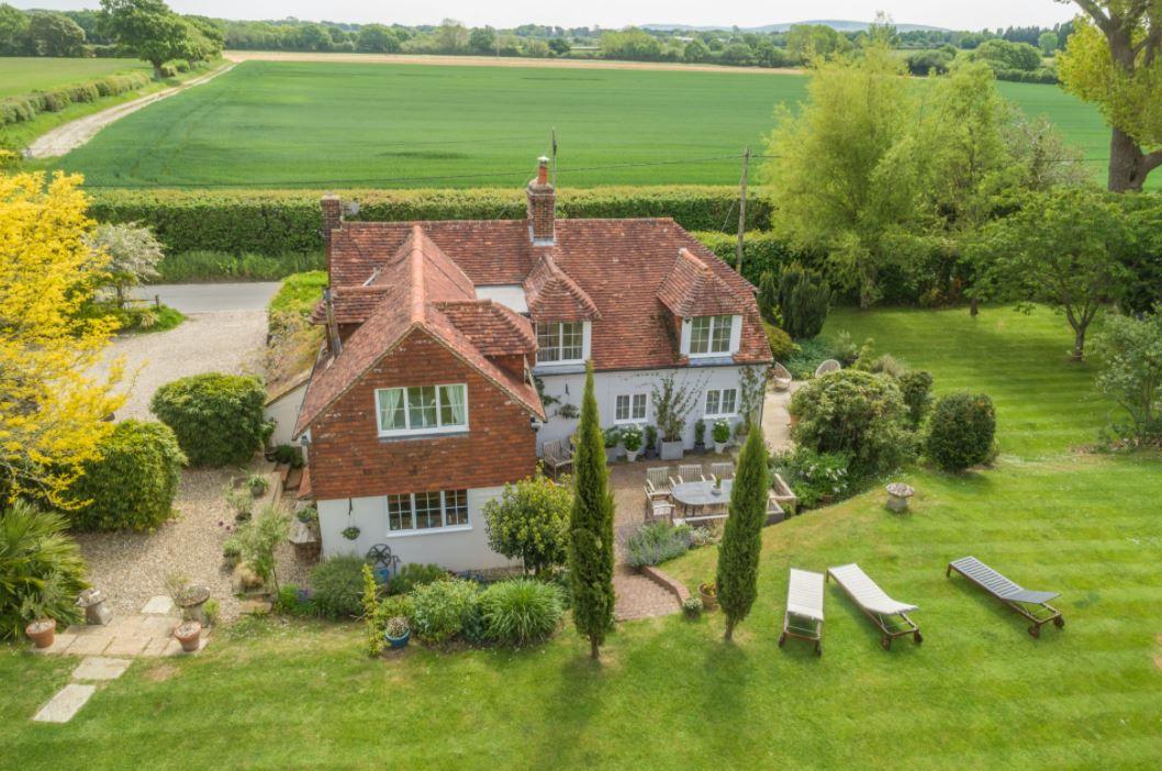 Dog Friendly Cottages, Sussex